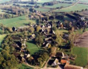 1 luchtfoto uit 1981 van Orvelte